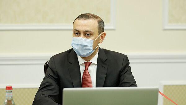 Секретарь совета безопасности Армен Григорян на заседании совета безопасности Армении (10 июля 2020). Еревaн - Sputnik Արմենիա