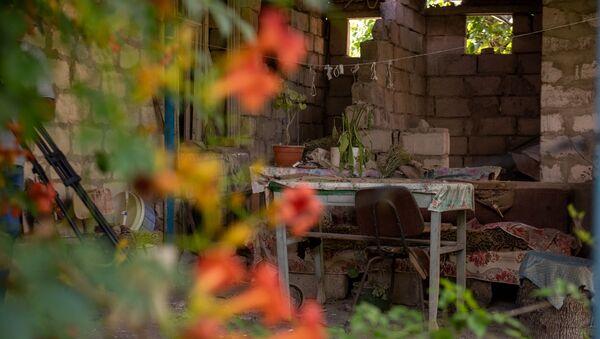 Обстрелянный дом в селе Айгепар, Тавуш - Sputnik Արմենիա