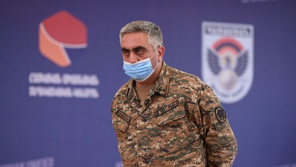 Арцрун Ованнисян во время брифинга по теме ситуации на армяно-азербайджанской границе (16 июля 2020). Иджеван - Sputnik Армения