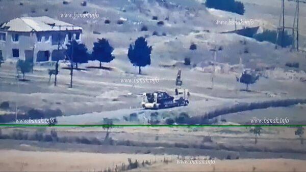 Опубликованные специализированным ресурсом banak.info кадры эвакуации сбитой азербайджанской военной техники - Sputnik Արմենիա