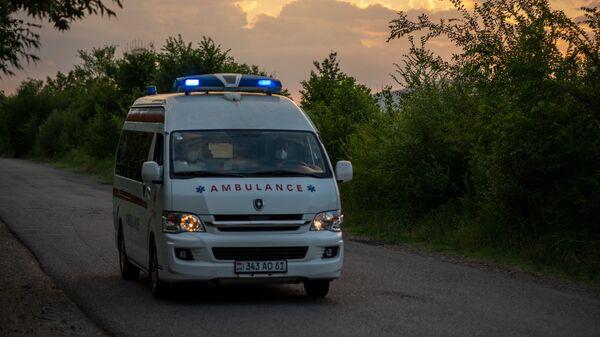 Карета скорой помощи в Арарате - Sputnik Армения