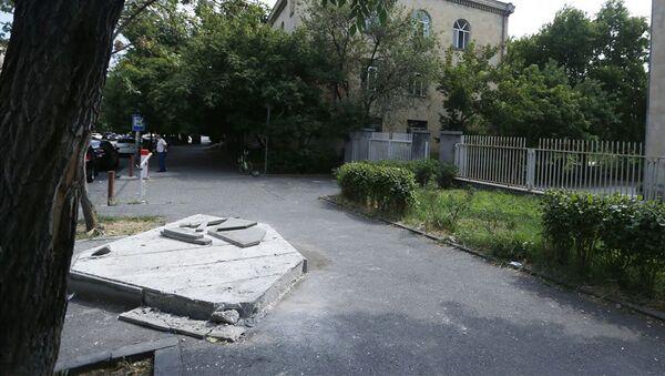 Демонтаж книжных киосков в Ереване (20 июля 2020). - Sputnik Армения