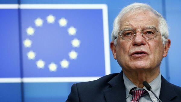 Глава внешнеполитического ведомства ЕС Джозеф Боррелл во время пресс-конференции (13 июля 2020). Брюссель - Sputnik Армения