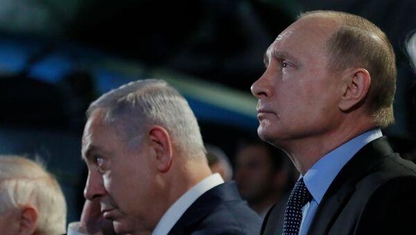 Премьер-министр Израиля Биньямин Нетаньяху и президент России Владимир Путин (справа) на встрече, посвященной 75-й годовщине восстания в Собиборе (29 января 2018). Москва  - Sputnik Արմենիա