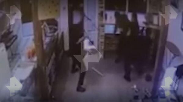 Драка в московском ресторане Армянский дом попала на видео - Sputnik Армения