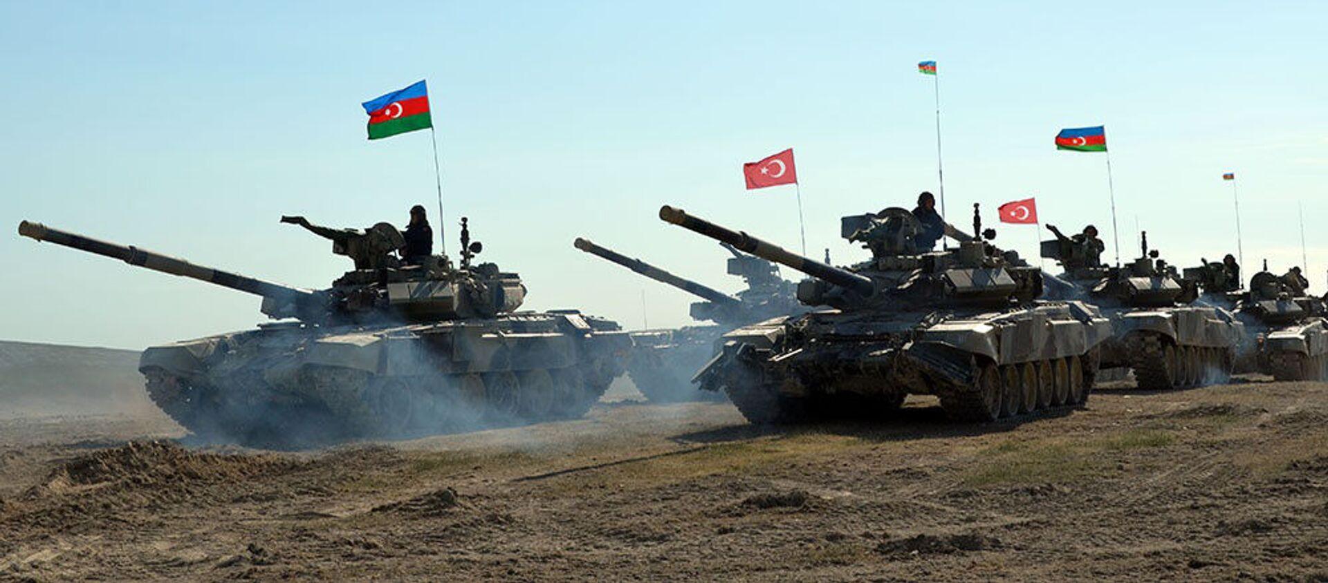 Турецко-азербайджанские совместные тактические учения (май 2017). - Sputnik Армения, 1920, 29.09.2020