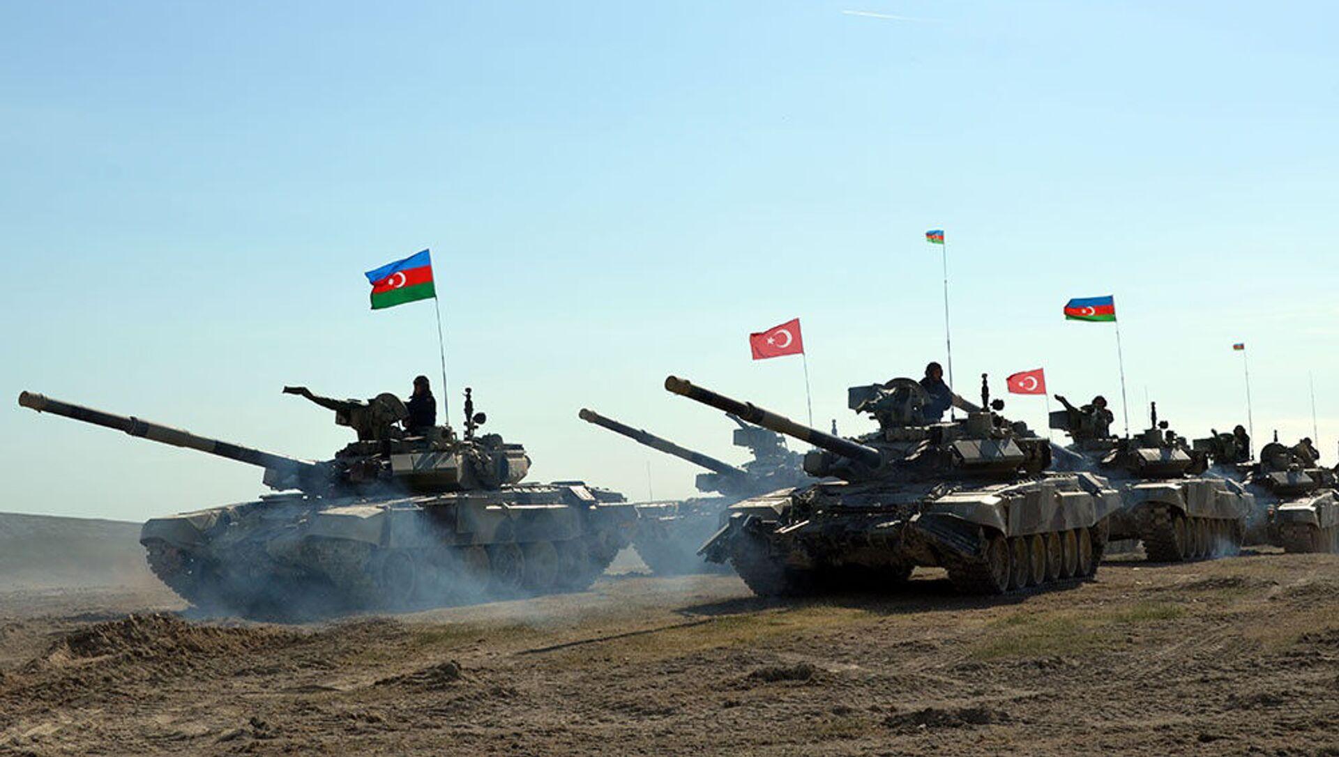 Турецко-азербайджанские совместные тактические учения (май 2017). - Sputnik Արմենիա, 1920, 24.03.2021