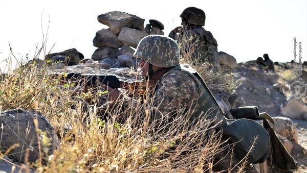 Учебные тренировки армянских военнослужащих - Sputnik Արմենիա