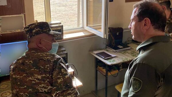 Министр обороны Давид Тоноян посетил воинские части на Юго-Западе страны (31 июля 2020). Армения - Sputnik Армения
