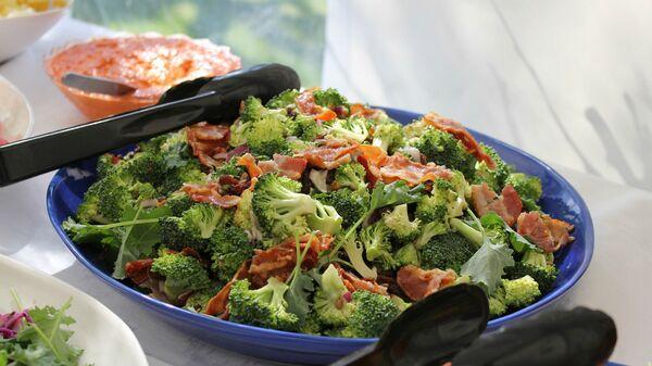Салат из брокколи - Sputnik Արմենիա