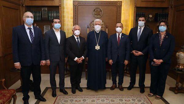 Католикос Великого Дома Киликии Арам I принял прибывшую в Бейрут армянскую делегацию (9 августа 2020). Ливан - Sputnik Армения