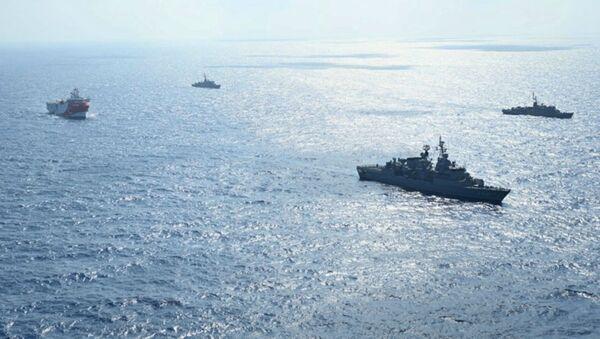 Корабли ВМС Турции у побережья Анталии (10 августа 2020).  - Sputnik Армения