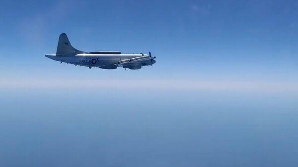 Сопровождение самолета ЕР-3Е Aries ВМС США над Черным морем - Sputnik Արմենիա