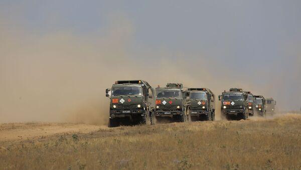 Коллективные силы ОДКБ выполнили массовую заправку боевой техники во время учений Эшелон-2020 на полигоне Капустин Яр (19 августа 2020). Астраханская область - Sputnik Արմենիա