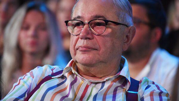 Писатель-юморист, народный артист РФ Евгений Петросян - Sputnik Армения