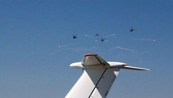 Авиашоу на российской военной базе аэродрома Эребуни - Sputnik Армения