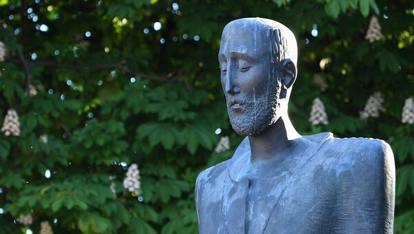 Памятник Комитасу в Париже - Sputnik Армения