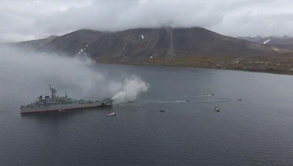 Морпехи Тихоокеанского флота десантировались на Чукотке в рамках учений «Океанский щит» - Sputnik Армения