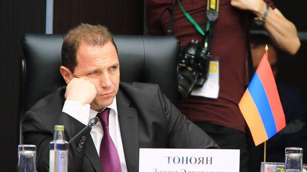 Министр обороны РА Давид Тоноян принял участие в совместном заседании глав министерств обороны стран СНГ, Шанхайской организации сотрудничества (ШОС) и стран-участниц ОДКБ (4 сентября 2020). Москва - Sputnik Արմենիա