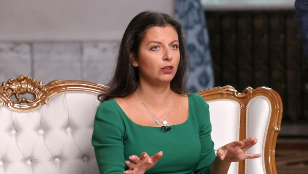 Главный редактор телеканала RT и МИА Россия сегодня Маргарита Симоньян во время интервью президента Белоруссии Александра Лукашенко - Sputnik Արմենիա