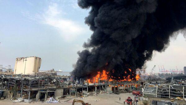Дым над портовой зоной Бейрута (10 сентября 2020). Ливан - Sputnik Արմենիա