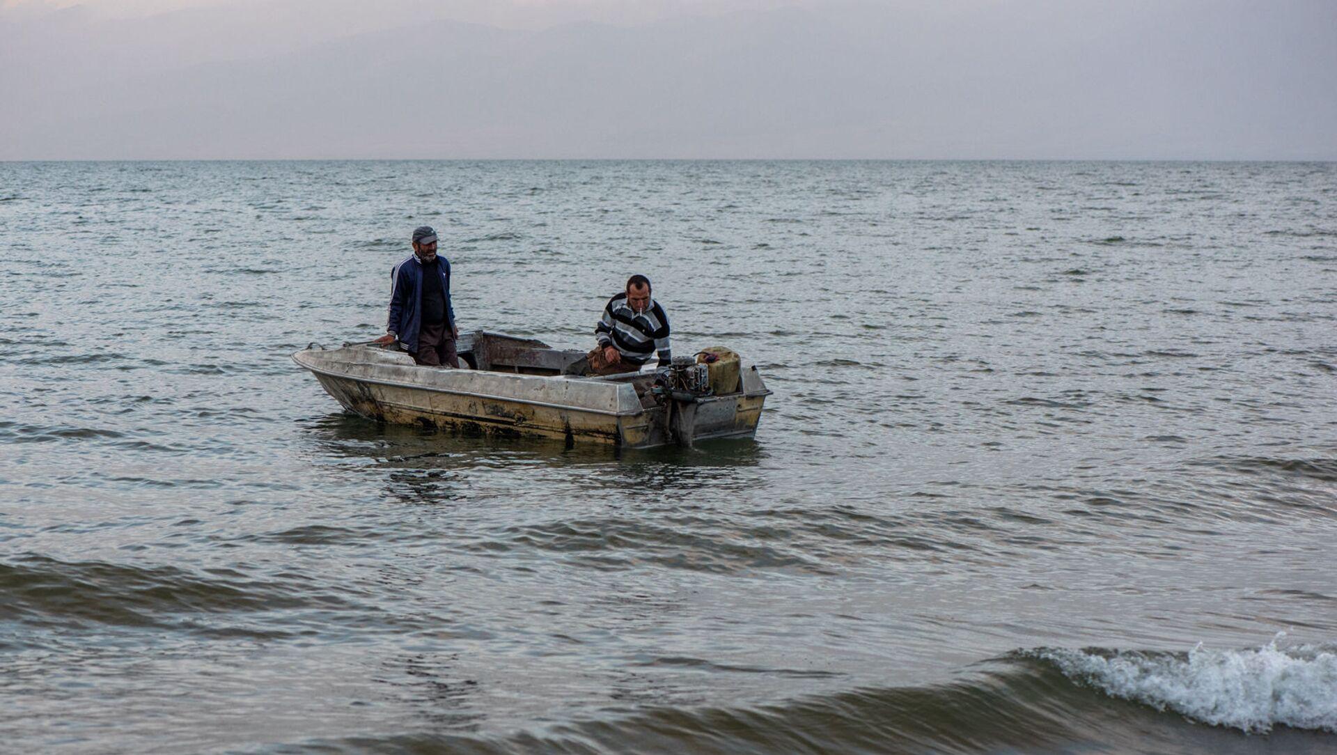Рыбаки на озере Севан - Sputnik Արմենիա, 1920, 18.03.2021