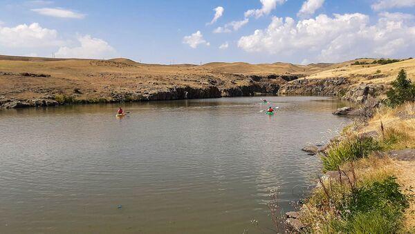 Любители экстремального туризма в ущелье реки Ахурян  - Sputnik Արմենիա