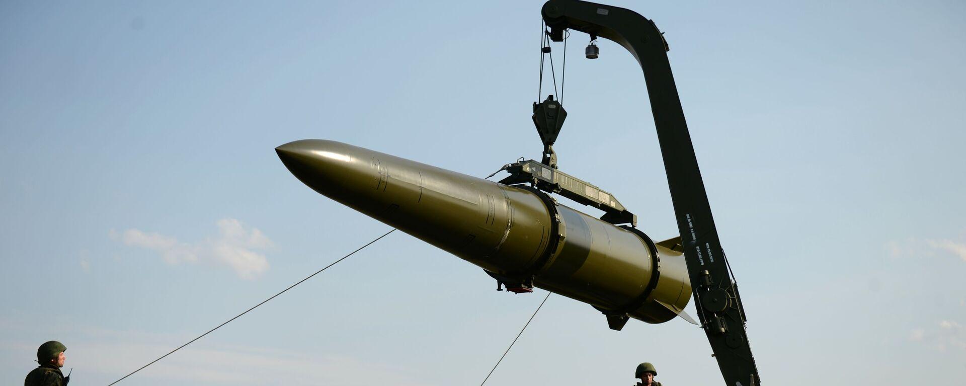 Развёртывание оперативно-тактического ракетного комплекса Искандер-М - Sputnik Արմենիա, 1920, 03.06.2021