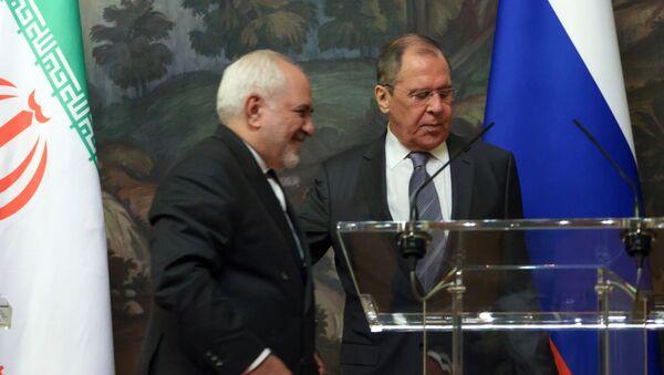 Министр иностранных дел РФ Сергей Лавров (справа) и министр иностранных дел Исламской Республики Иран Мухаммад Джавад Зариф  - Sputnik Армения