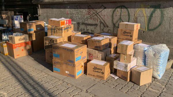 Армянская молодежь по собственной инициативе собрала товары первой необходимости для отправки в Карабах (28 сентября 2020). Еревaн - Sputnik Արմենիա