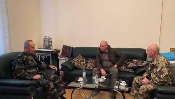 Первый, второй и третий президенты Карабаха обсуждают последние данные (30 сентября 2020). Карабах - Sputnik Արմենիա