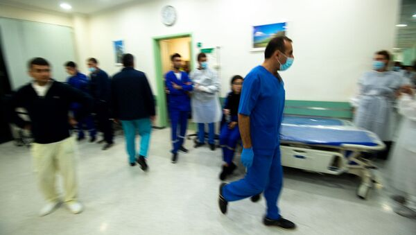 В Степанакерте завершилась операция раненного в Нагорном Карабахе журналиста французской газеты Le Monde (1 октября 2020). Карабах - Sputnik Армения