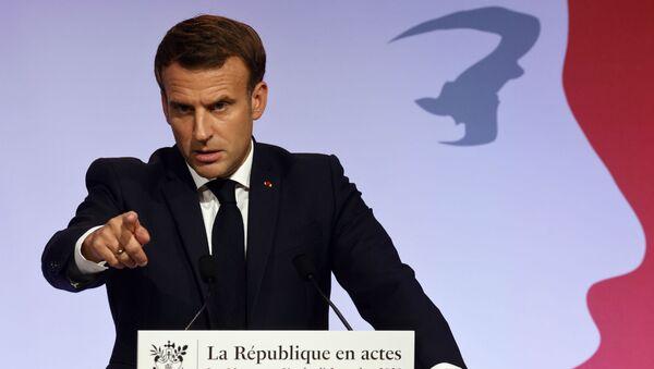 Президент Франции Эммануэль Макрон во время речи о борьбе с сепаратизмом (2 октября 2020). Париж - Sputnik Армения