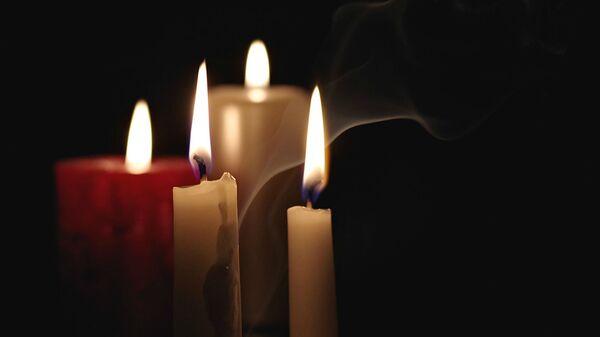 Зажженные свечи  - Sputnik Армения