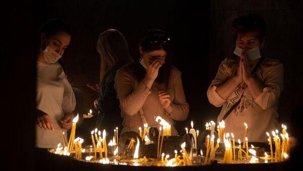 Общенациональная молитва прошла во всех армянских храмах․ Церковь Сурб Григор Лусаворич (3 октября 2020). Еревaн - Sputnik Արմենիա