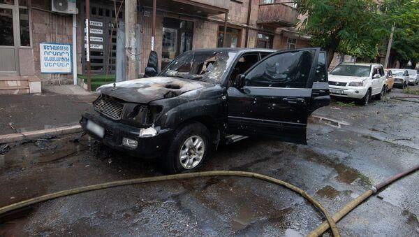 Последствия обстрелов (4 октября 2020). Степанакерт - Sputnik Армения