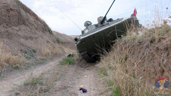 Армия обороны Карабаха опубликовала фотографии изъятого вооружения азербайджанской армии - Sputnik Արմենիա