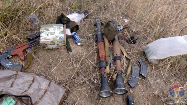 Армия обороны Карабаха опубликовала фотографии изъятого вооружения азербайджанской армии - Sputnik Армения