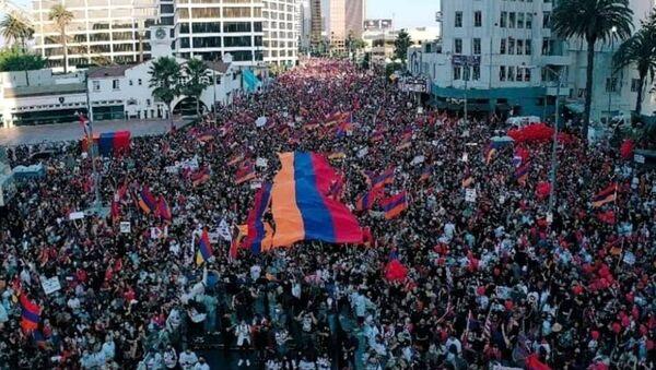 Протесты в Лос-Анджелесе против турецко-азербайджанской агрессии - Sputnik Արմենիա