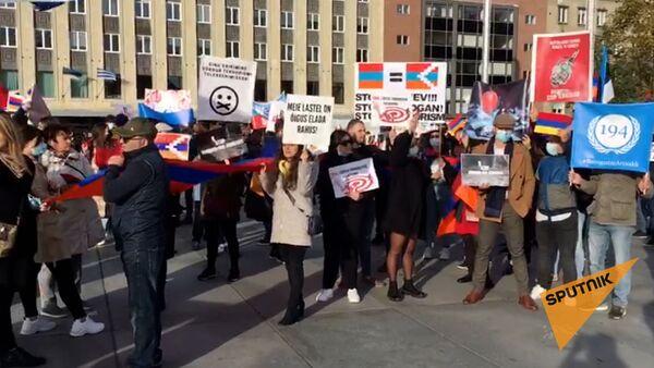 Армянская община Эстонии организовала в Таллине марш мира - Sputnik Армения
