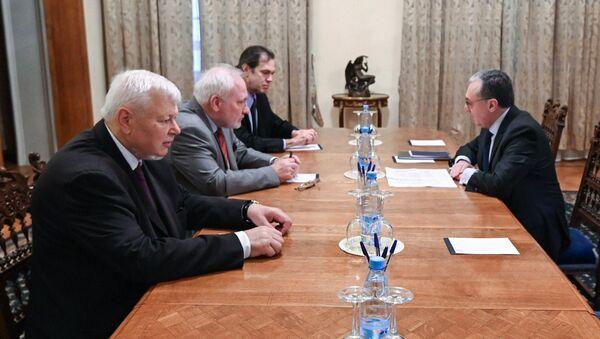Министр иностранных дел Армении Зограб Мнацаканян встретился с сопредседателями Минской группы ОБСЕ и личным представителем действующего председателя ОБСЕ (13 октября 2020). Москва - Sputnik Армения
