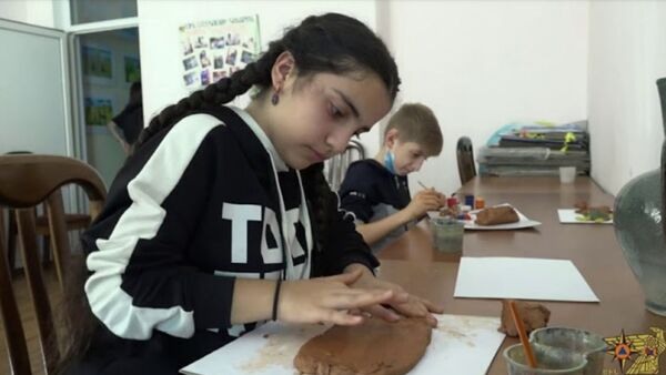 ԱԻՆ Մշակույթի կենտրոնը հյուրընկալել է արցախցի երեխաներին - Sputnik Армения