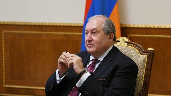 Президент Армен Саркисян дал интервью немецкому журналу Bild (14 октября 2020). Еревaн - Sputnik Армения
