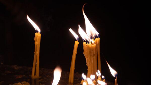 Зажженные свечи - Sputnik Արմենիա