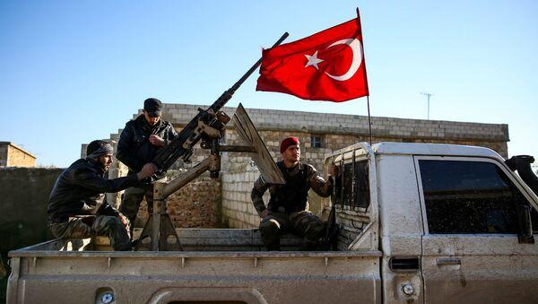 Поддерживаемые Турцией боевики террористической группировки Хамза в деревне Улашли на северо-востоке провинции Алеппо (7 марта 2019). Сирия - Sputnik Արմենիա