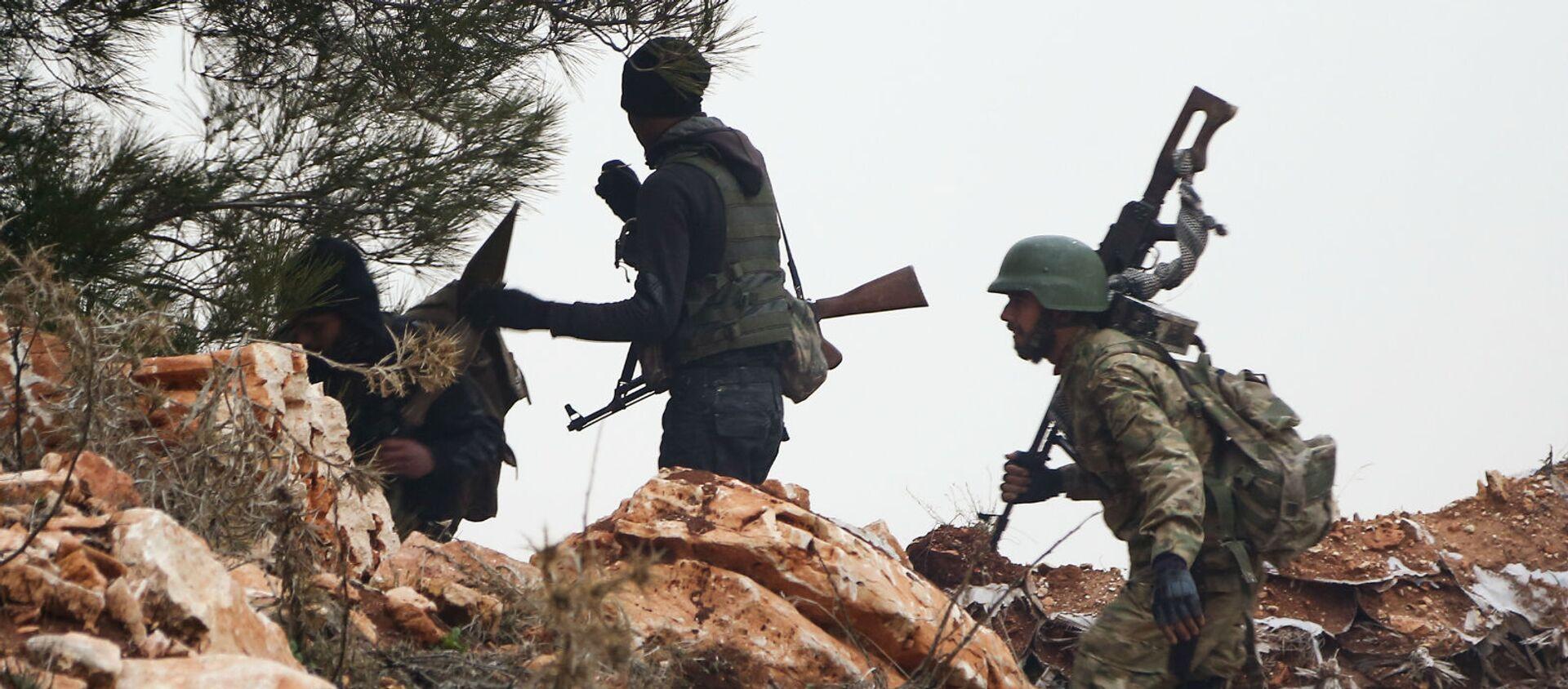 Сирийские боевики в районе горы Берсая к северу от сирийского города Азаз (22 января 2018). Сирия - Sputnik Արմենիա, 1920, 22.10.2020