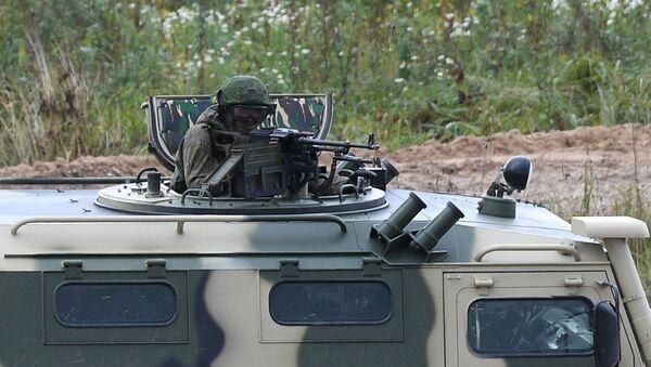 Военнослужащие во время командно-штабных учений ОДКБ Нерушимое братство 2020 на полигоне Лосвидо под Витебском - Sputnik Армения