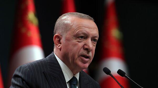 Президент Турции Реджеп Тайип Эрдоган выступает во время телеобращения после еженедельного заседания кабинета министров в Анкаре (24 августа 2020). Турция - Sputnik Արմենիա