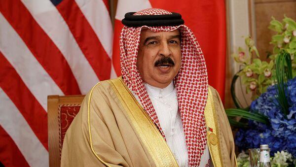 Король Бахрейна Хамад бен Иса Аль Халифа во время встречи с президентом США Дoнальдом Трaмпом (21 мая 2017). Эр-Рияд - Sputnik Армения