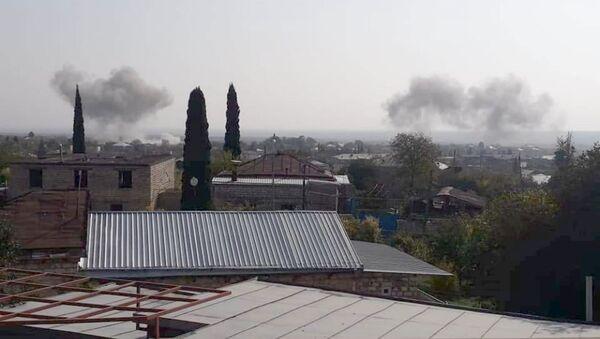 Противник применил военную авиацию по городу Мартакерт (29 октября 2020). Карабах - Sputnik Армения